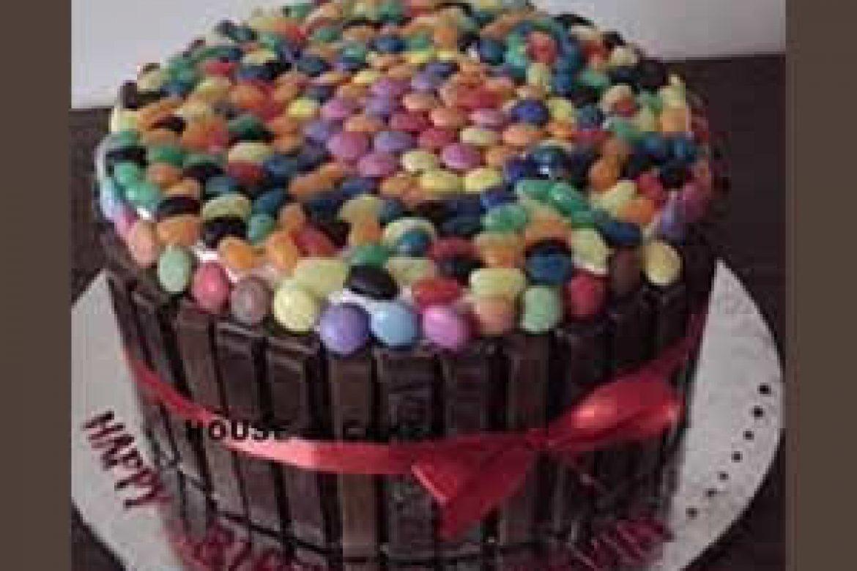 16,500.00-CHOCOLATE CAKE